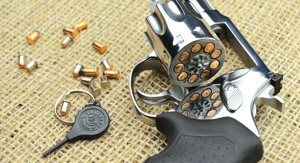https://gunmag.com.ua/wp-content/uploads/2015/02/taurus-mini.jpg