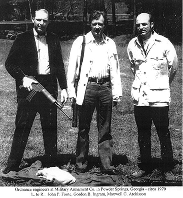 Инженеры-конструкторы МАС: Джон Фут, Гордон Ингрэм и Максвелл Атчиссон
