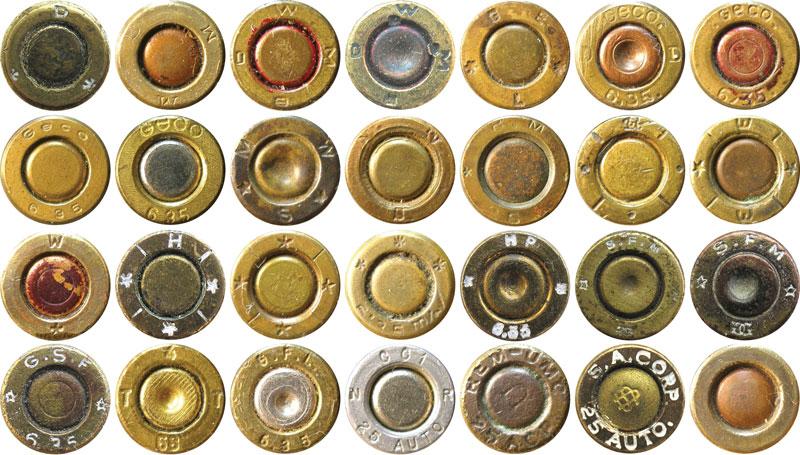 Варианты маркировки на патронах 6,35-мм Browning: D — Gustav Genschow & Co A.G. (Германия), DWM и DWMB — Deutsche Waffen — und Munitionsfabriken AG (Германия), GEL— Georg Egestorff (Германия), GECO — Gustav Genschow & Co (Geco) AG (позже — Dynamit Nobel AG) (Германия), MWS — Munitionswerke, Sch?nebecke an der Elbe (Германия), RMS — Rheinische Metallwaren-und Maschinenfabrik (Германия), GR (монограмма) — G. Roth AG (Австро-Венгрия), WW или W — Munitionsfabrik Wollersdorf (Австро-Венгрия), Н — Hirtenberger Patronenfabrik AG (Австрия), SFM — Societe Francaise des Munitions de Chasse, de Tir et de Guerre (Франция), GSF — Geco Societe Francaise (Франция), GFL — Fiocchi Munizioni S.p.A (Италия), CCI — Omark Industries Inc., CCI-Speer (США), REM-UMC — Remington Arms Company, Inc. (США), S.A. CORP — Savage Arms Co. (США)
