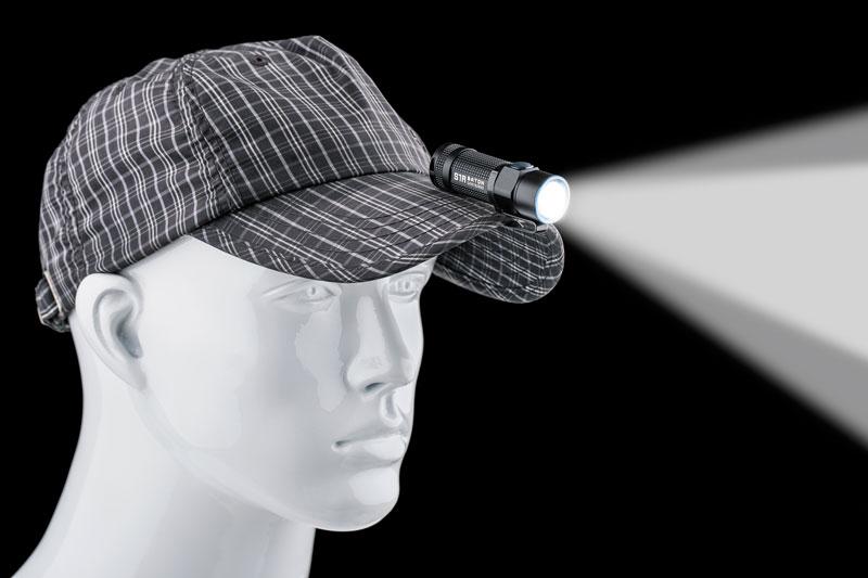 С помощью клипсы фонарь можно использовать в качестве налобника