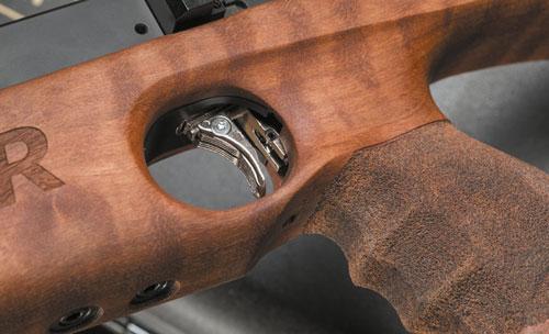 Спусковой крючок и ортопедическая пистолетная рукоятка