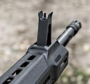 Совмещенная с газ-блоком мушка MSR-15 Patrol — удивительно напоминающая очертаниями мушку АК-47