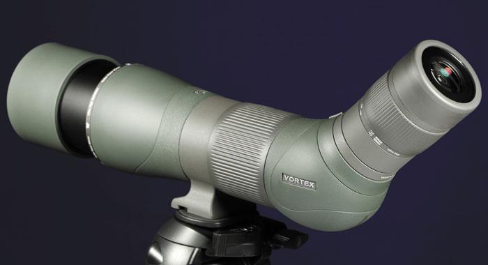 Модель Razor HD 22-48?65, как и практически все трубы Vortex, оснащена солнцезащитной блендой