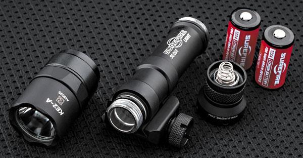 Составляющие фонаря: голова, батарейный отсек, тейлкап и элементы питания