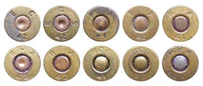 Клейма латунных гильз, выпущенных в 1941-42 гг. патронными фабриками Evansville Ordnance Plant (код EC, ECS); Frankford Arsenal (код FA); Remington Arms Co. (код RA); Winchester-Western Cartridge Company (WCC, WRA)