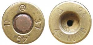 Клейма китайских патронов .45 АСР: выпущенные 21-м арсеналом в 1948г. (слева) и современного выпуска компании Norinco (справа)