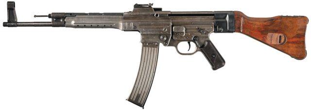 MP 44 (він же так званий «Штурмгевер»)