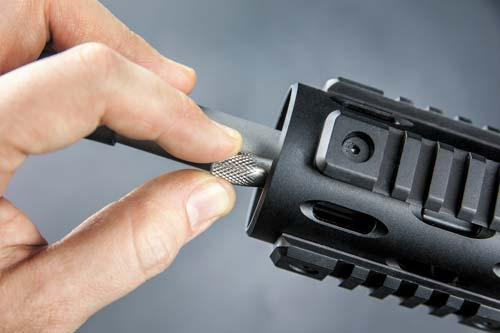 Регулируемый газ-блок позволяет стрелку тонко настроить автоматику винтовки под конкретный тип патронов