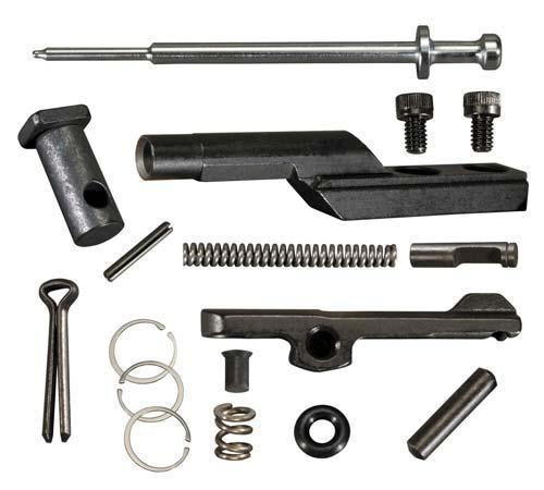 Набор самых необходимых запчастей для AR-15. У большинства владельцев этих винтовок не возникает необходимости им пользоваться, но иметь такой в запасе на всякий случай стоит