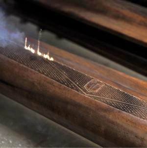 Рифление и гравировка деревянных деталей выполняются с помощью лазера