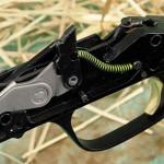 Блок УСМ. Спусковому крючку придана эргономичная форма. Усилие спуска полностью соответствует охотничьему предназначению ружья и не меняется со временем.