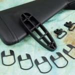 В стандартную комплектацию, кроме трех сменных чоков, входят пять проставок для регулировки погиба, толстый затыльник и две антабки.
