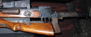 Советское 7,92-мм ПТР, скопированное с немецкого PzB39. Серийный номер ПТР — №99 (снимок сделан одним из авторов вмузее ЧФ вг.Севастополе, 2007 г.)