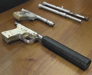 Оружие, изготовленное токарем ОМО им. П.И. Баранова Андреем Кудлой