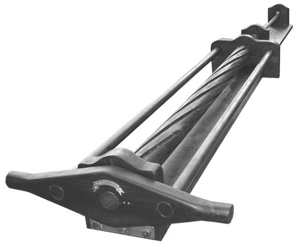 Первые станки для выполнения нарезов в канале ствола методом строгания были довольно примитивны