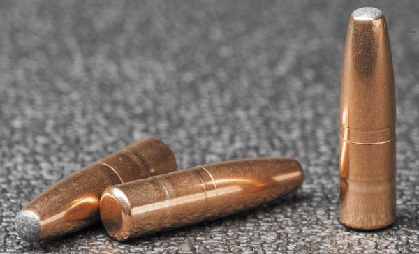 Пуля .30-го калибра Lapua Mega 200 гран не претендует на дальнобойность и высокую точность – зато на коротких дистанциях работает не хуже кузнечного молота