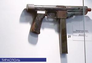 «Пистолет-автомат» БАРЗ в музее ТЮИ МВД ПМР