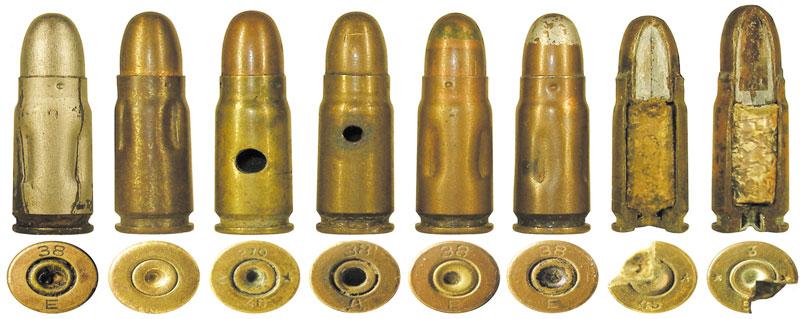 Вспомогательные патроны: 1— учебный патрон (изготовленный в мастерской Житомирского военного училища) и его разрез; 2— патрон с никелированным покрытием; 3— кустарный учебный патрон; 4-5— охолощенные для учебных целей боевые патроны; 6-7— учебные патроны с имитацией окраски боевых патронов из Командирского ящика КЯ-51 (окраска серебристым цветом предположительно имитирует снаряжение пулей Пст); 8-9— разрезные патроны для наглядной демонстрации внутренней конструкции патрона и пуль