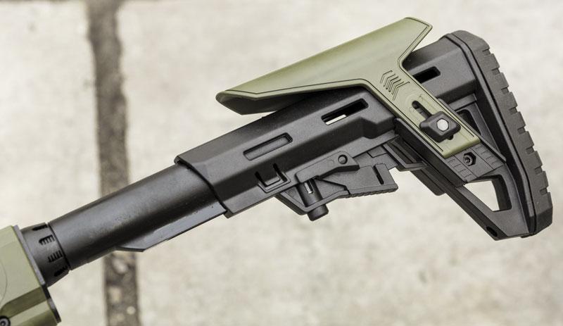 стандартная труба MilSpec и телескопический приклад — все как у AR-15