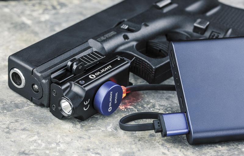 PL-Mini Valkyrie можно подзаряжать даже в боеготовом положении — не снимая с пистолета