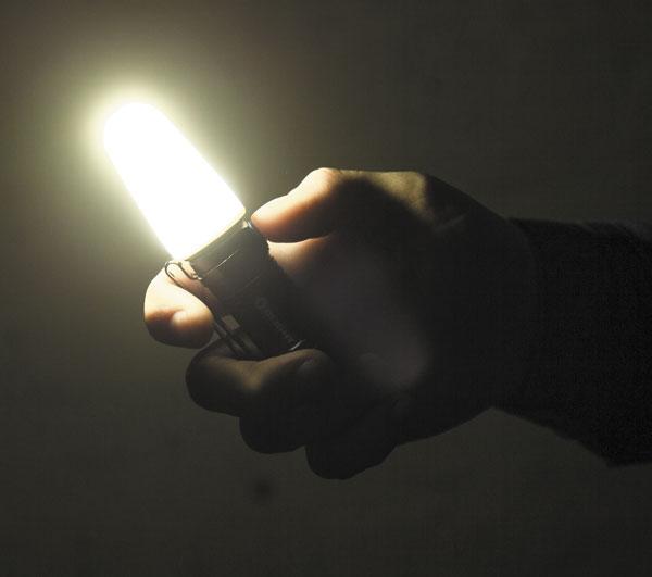 Вместе с диффузором (рассеивателем) фонарь можно использовать в сфере кемпинга и туризма