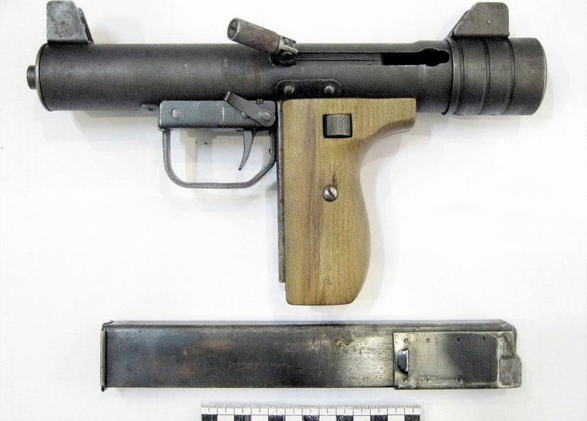 Безликий, но вполне реальный: длина — 290 мм, ствол — 138 мм, пять правых нарезов