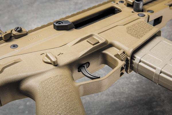 Ресиверы и шарнир складного UGG-образного приклада FN SCAR