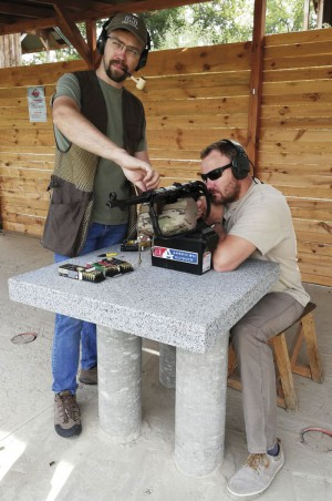 Тестовая стрельба с заряжанием по одному патрону