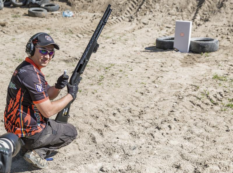 Гладкоствольное оружие лучше подходит для самообороны в помещении